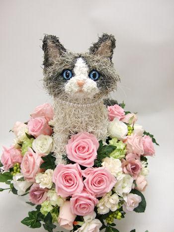 猫の形のウェディングブーケ(ラグドール)