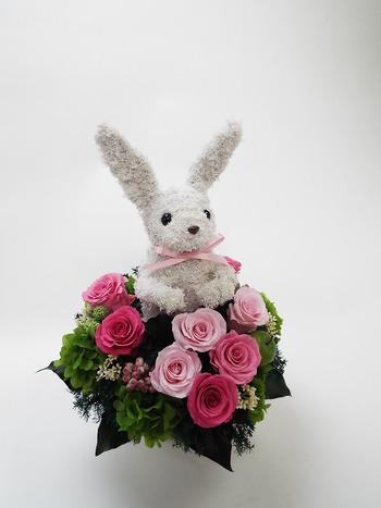 可愛いウサギのプリザーブドフラワー