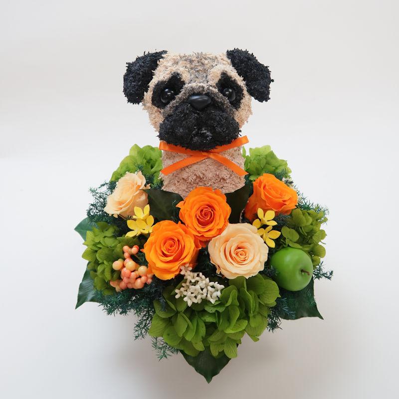 パグ犬プリザーブドフラワーアレンジ